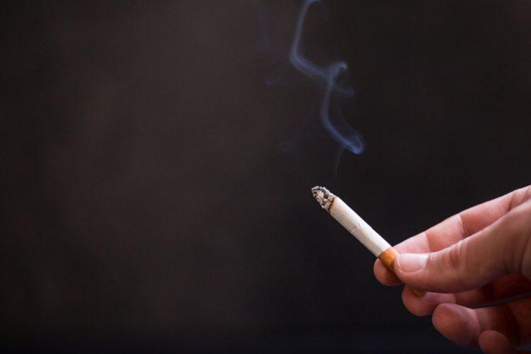 cigarette-2410715_1920
