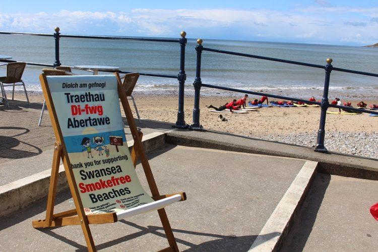 smokefree-beach-swansea